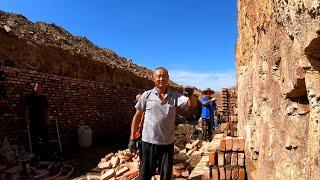 Chinese farmers build a cellar 10 feet underground to store sweet potatoes